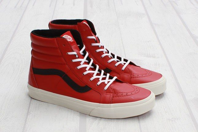 Vans Sk8 Hi Reissue Leather Chili Pepper Angle Pair 1