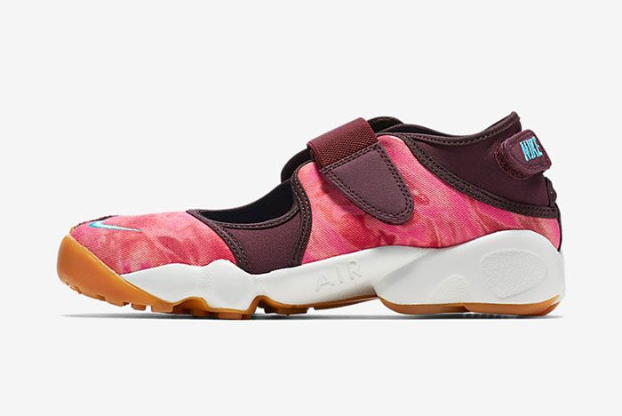 Nike Air Rift Valley Pack 9