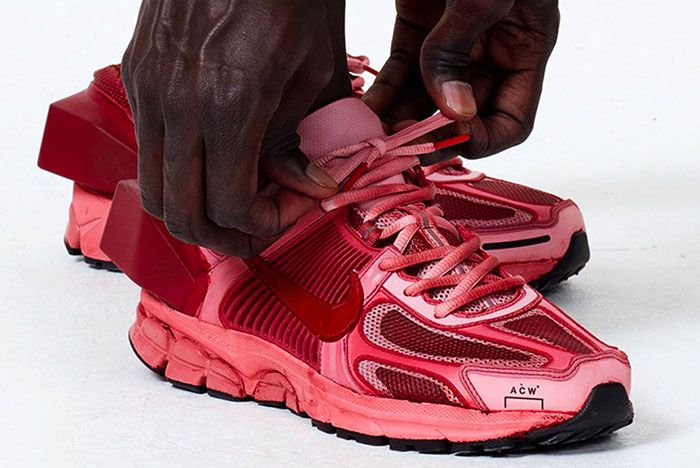 Nike Zoom Vomero 5 A Cold Wall Red Right 1