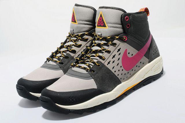 Nike Acg Off Mountain Series 3