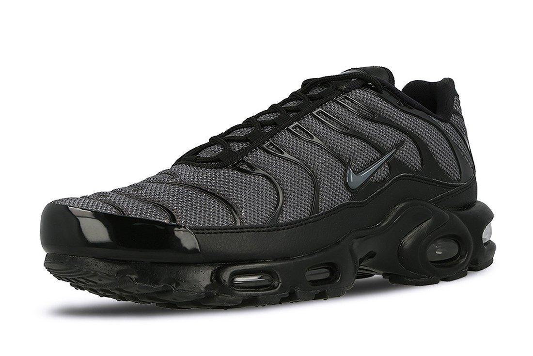 Nike Air Max Plus Womens Black Dark Grey4
