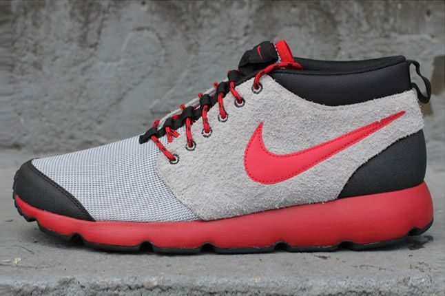 Nike Roshe Run Trail Wolf Grey Gym Red Side Profile 1