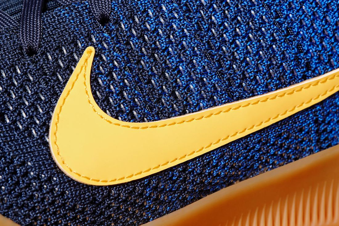 Nike Kobe 11 Mambacurial 1