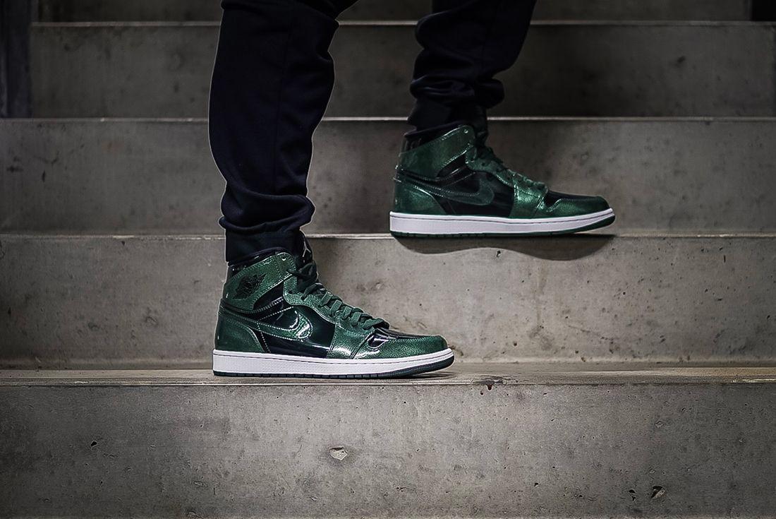 Air Jordan 1 Retro Hi Grove Green 1