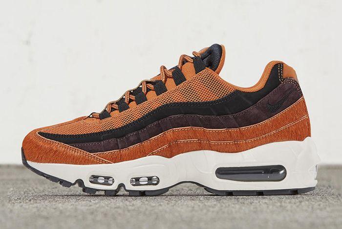Nike Air Max 95 Embossed Sneaker Freaker 6
