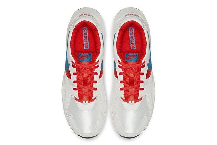 Nike Pantheos White Red Blue 1