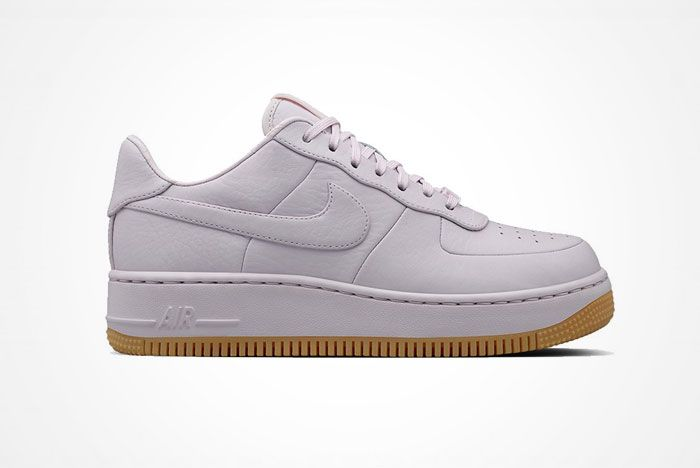 Nike Air Force 1 Up Step 1