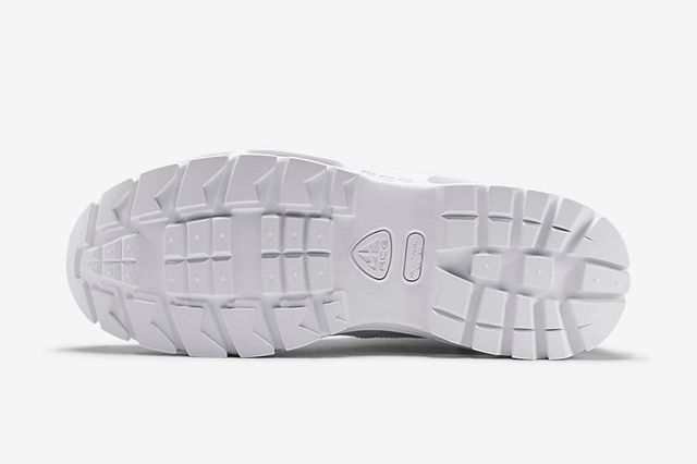 Nike Air Max Goadome Triple White