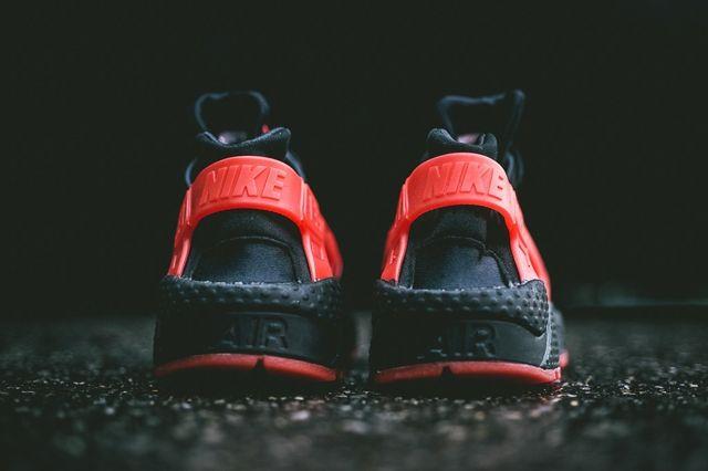 Nike Air Huarache Hate Bumper 2