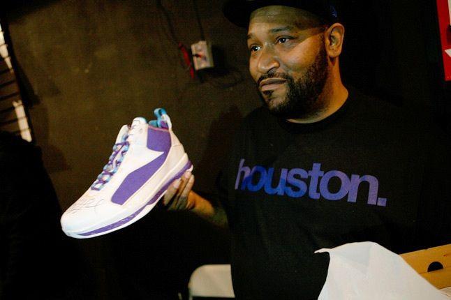 Bun B 3 H Town Sneaker 1