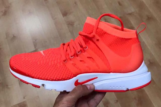 Nike Flyknit Air Presto2