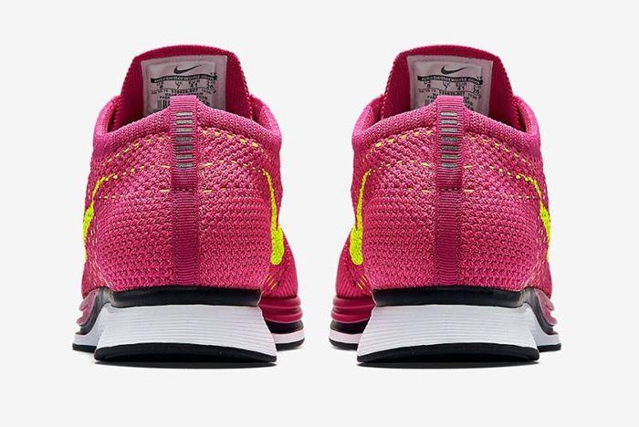 Nike Flyknit Racer Wmns Fireberry 2