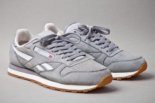 Reebok Classic Leather Vintage Racing Grey Angle 1