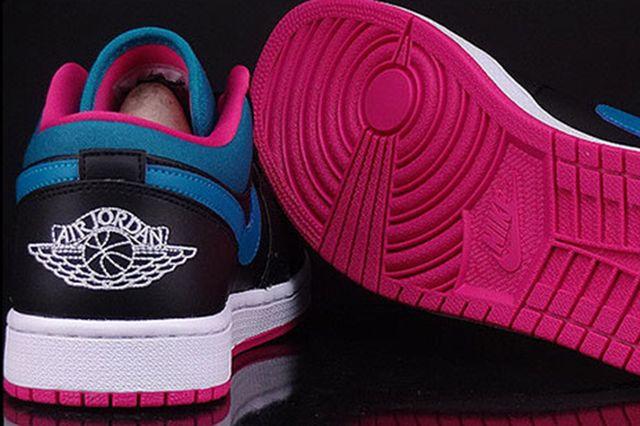 Air Jordan 1 Lowpink3