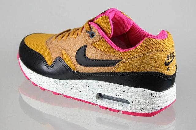 Nike Air Max 1 Golden Fleece