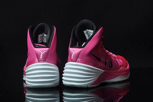 Nike Hyperdunk 2013 Kay Yow 3