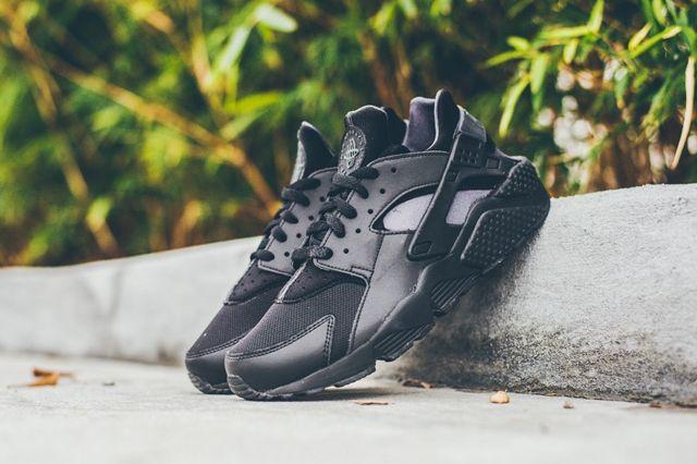 Nike Air Huarache Black 3M 5