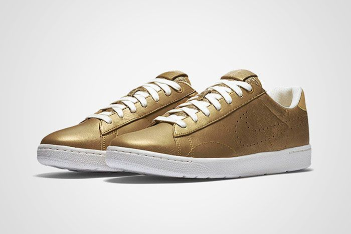 Nike Tennis Classic Ultra Wimbledon Gold Thumb