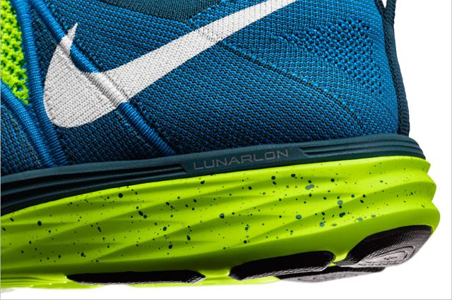 Nike Flyknit Lunar 2 Mens Heel