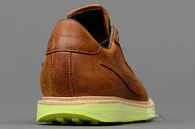 Nike 1972 Qs Heel 1