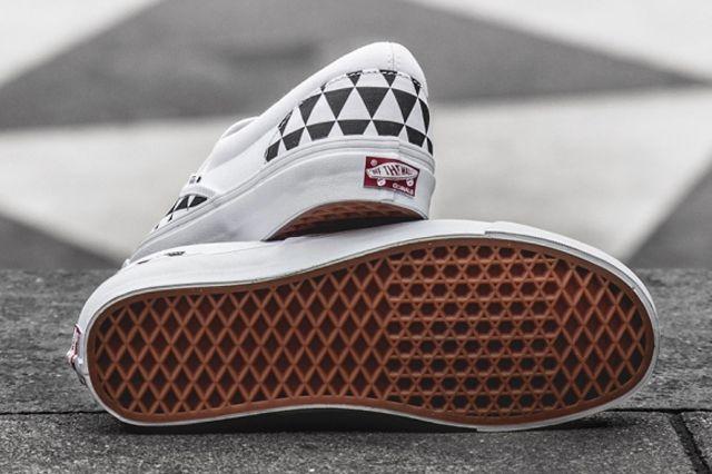 Sneakersnstuff X Vault By Vans Og Classic Slip On Lx Stockholm 5