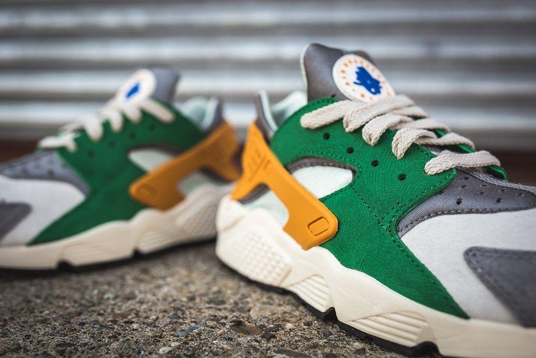 Nike Air Huarache Se Pine Green Gold Leaf12