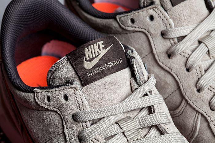 Nike Internationalist Gold Beige 3
