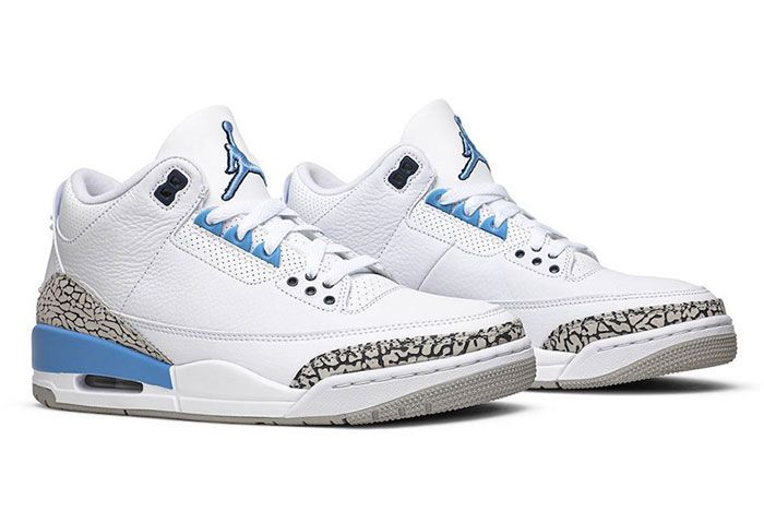 Air Jordan 3 Unc Right