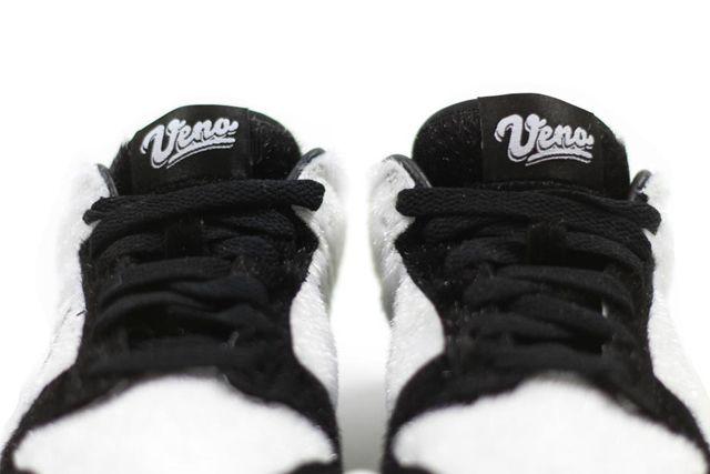 Nike Dunk Low Panda 1