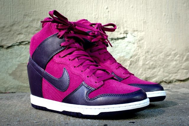 Nike Wmns Dunk Sky Hi Fall Delivery 1