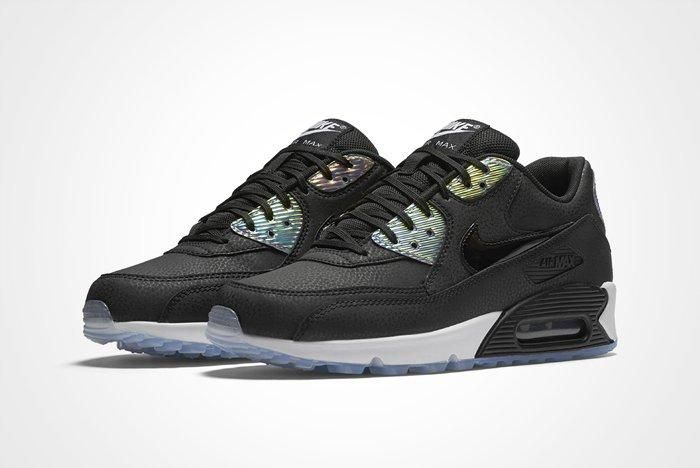 Nike Wmns Air Max 90 Iridescent A