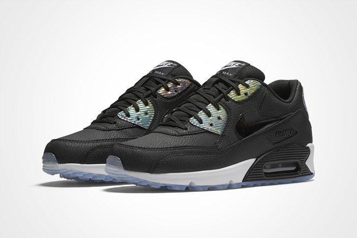 Nike Wmns Air Max 90 Iridescent A