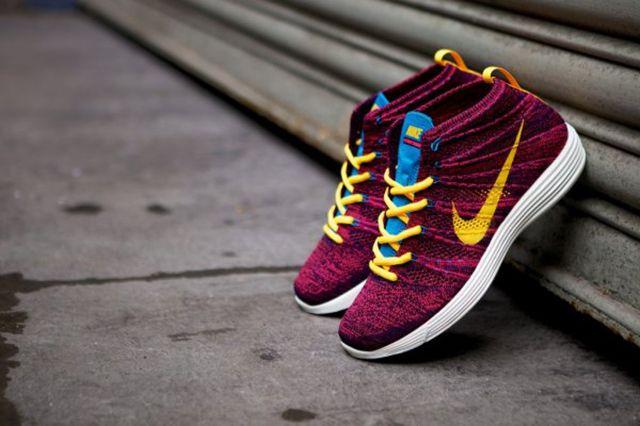 Nike Lunar Flyknit Chukka Grand Purple 4