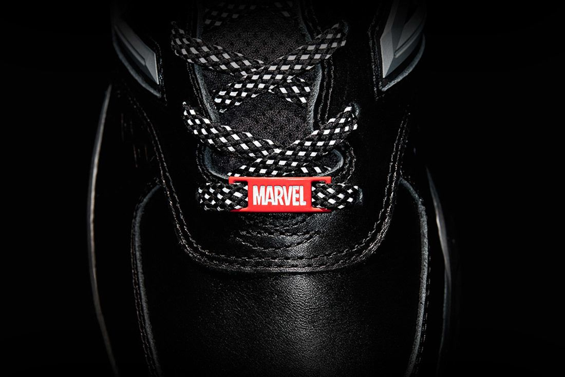 New Balance Black Panther 3