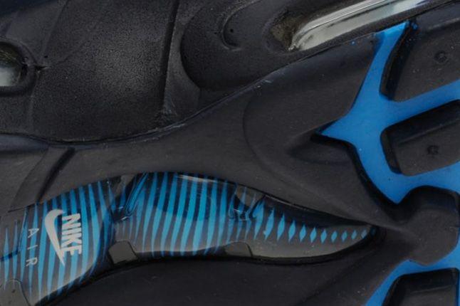 Nike Air Max 95 Blackend Blue Sole 1