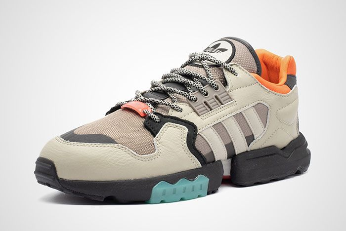 Adidas Ee5444 Zx Torsion Front Angle