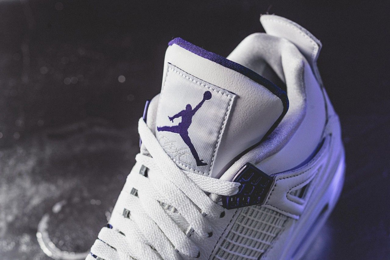 Air Jordan 4 Metallic Purple Tongue