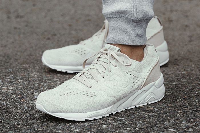 Wingshorns X New Balance 580 Deconstructed Pack 1