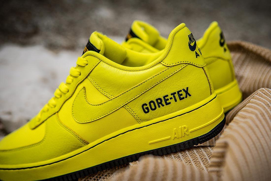 Nike Air Force 1 Gore Tex Heel Detail