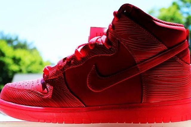 Nike Dunk High Red Wood Grain
