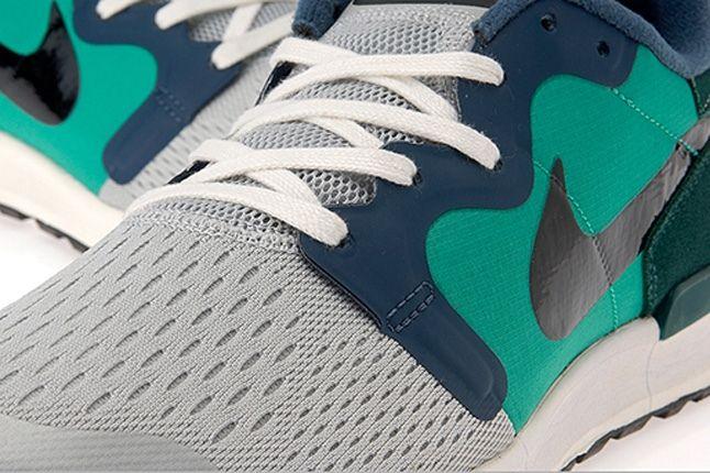 Nike Air Berwuda Atomic Teal Midfoot Profile 1