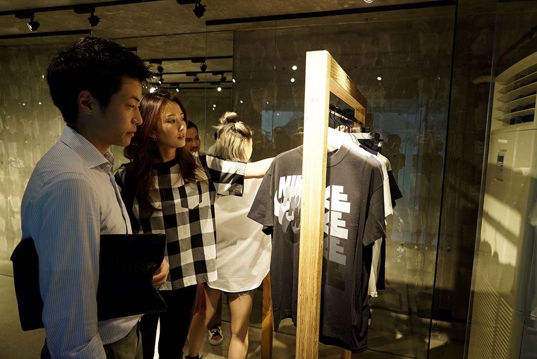 Tokyo Pop Up Launch Sacai X Nike Party5