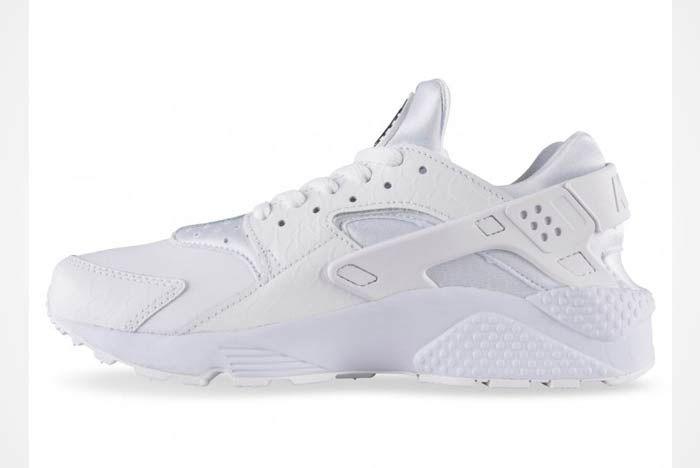 Nike Air Huarache Triple White 3