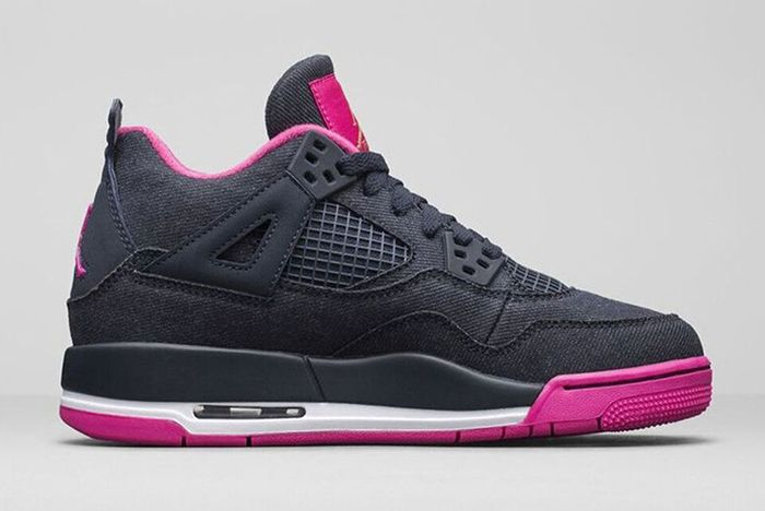 Air Jordan 4 Retro Dark Obsidian Vivid Pink 3