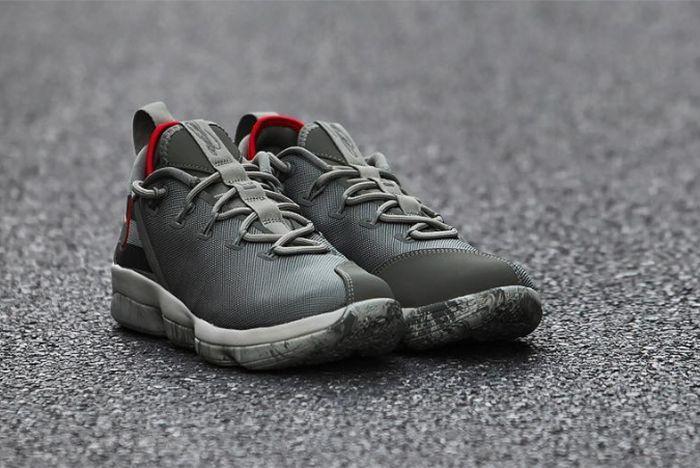 Nike Lebron 14 Low 4