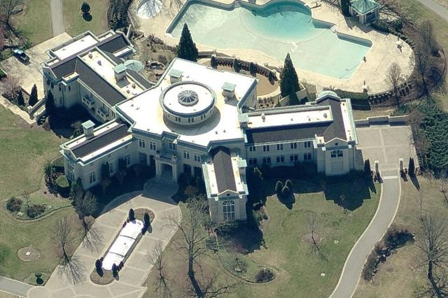 Rick Ross Buys Georgia Mansion 2