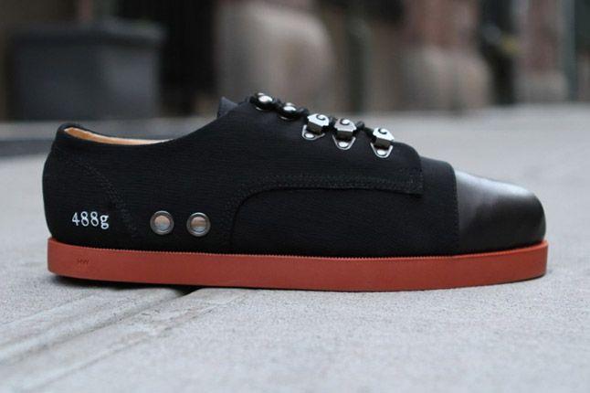 Gram 488G Black 01 1