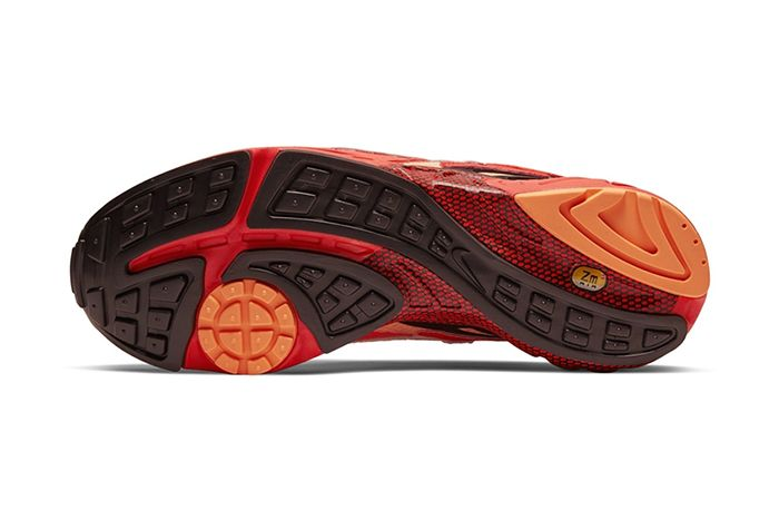 Nike Air Ghost Racer Nyc New York City Marathon Big Apple Red Release Date Outsole
