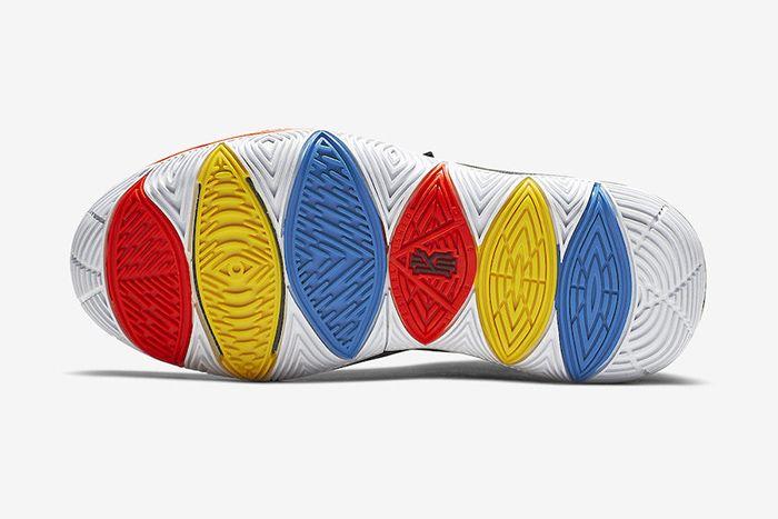 Nike Kyrie 5 Friends Aq2456 006 Release Date Outsole