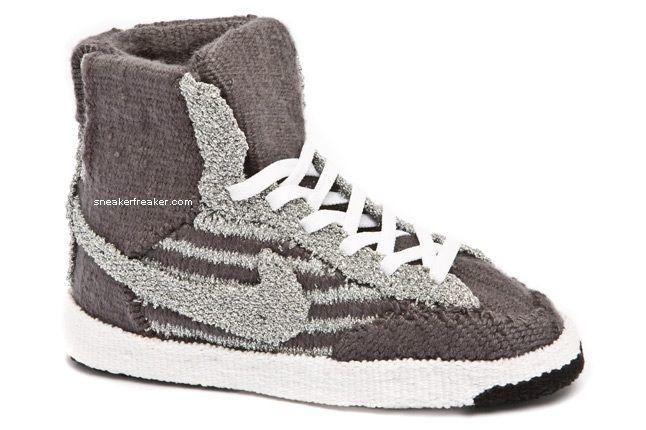 Nike Blazer Side 1